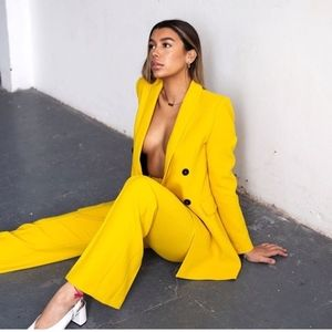 ZARA YELLOW DOUBLE-BREASTED BLAZER SUIT SET